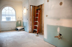 stock-photo-15554812-master-bathroom-remodeling-and-renovation-in-progress