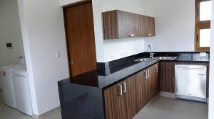 20 Kitchen 1st Floor 01